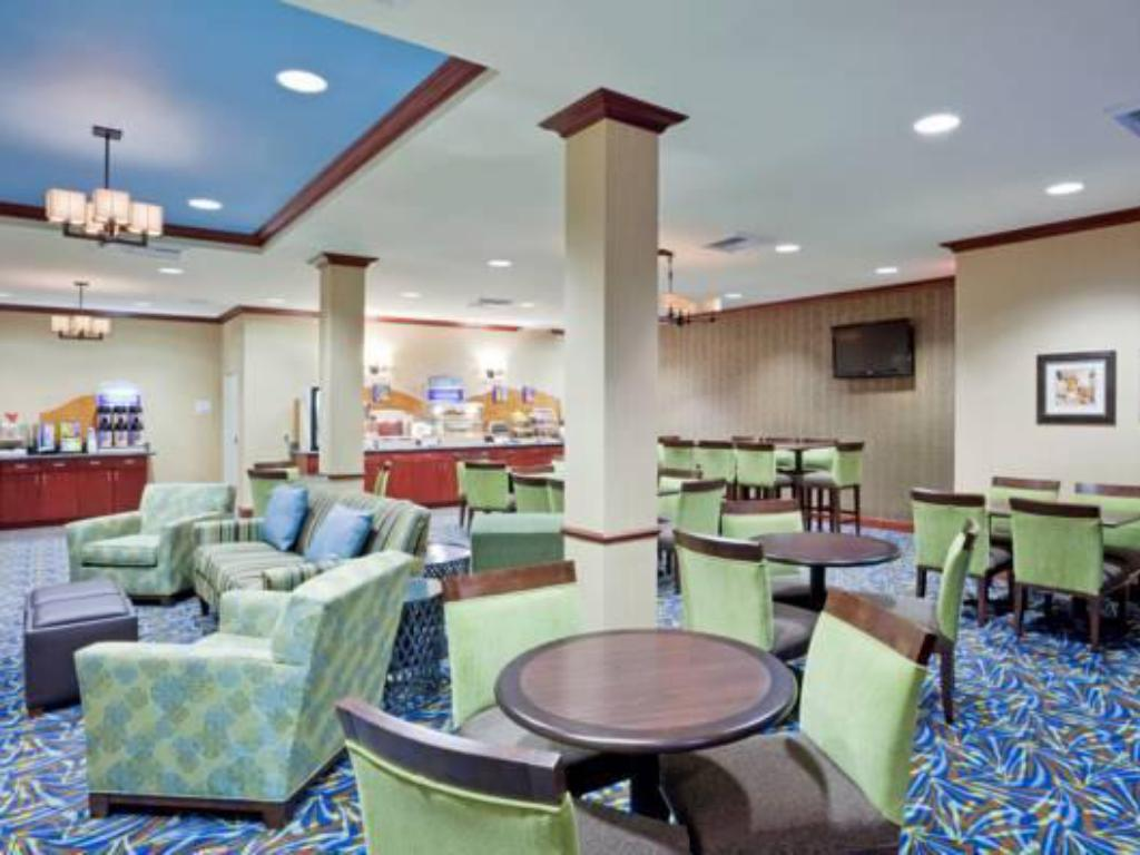 Lobby Holiday Inn Express Hotel & Suites North Sequim