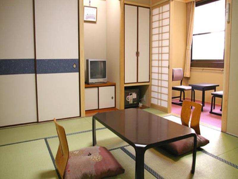 Japanese Style (Room Charge Only)