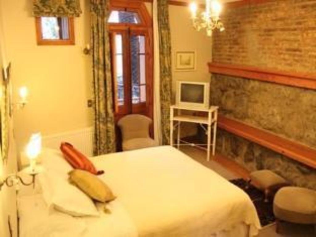 Gran Hotel Gervasoni Valparaiso Booking Deals Photos
