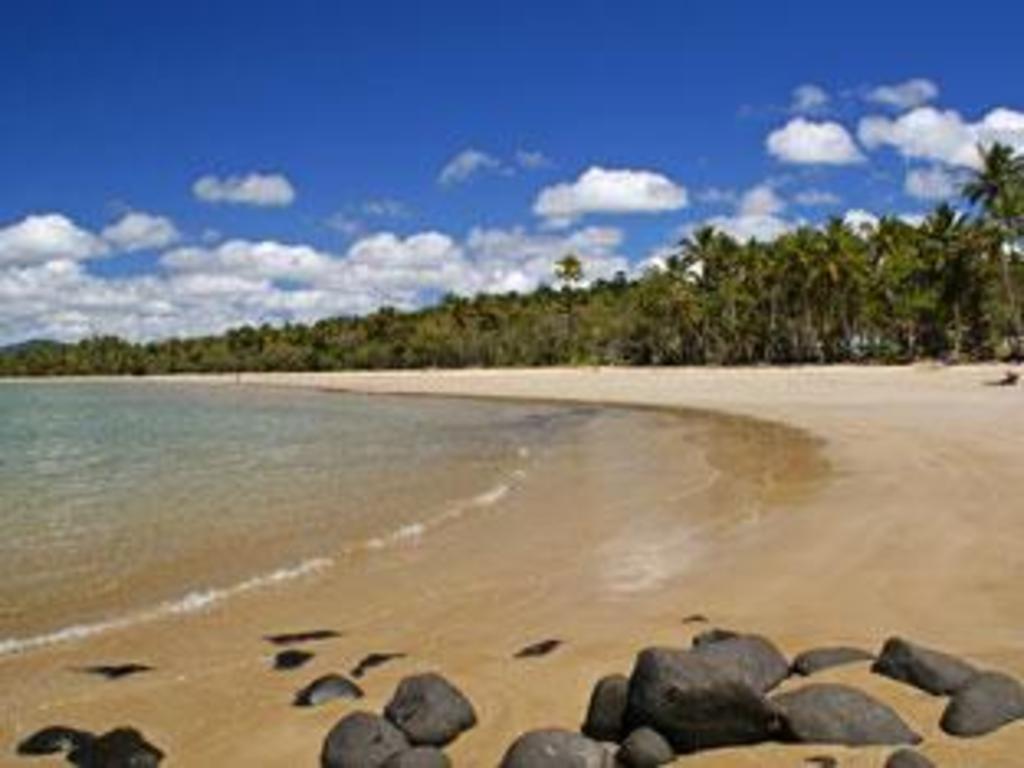 eco village mission beach hotel in australia room deals. Black Bedroom Furniture Sets. Home Design Ideas