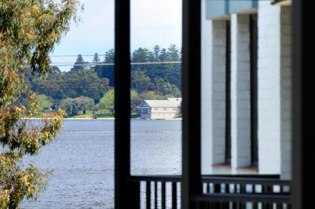 Assured Waterside Apartments in Perth - Room Deals, Photos ...