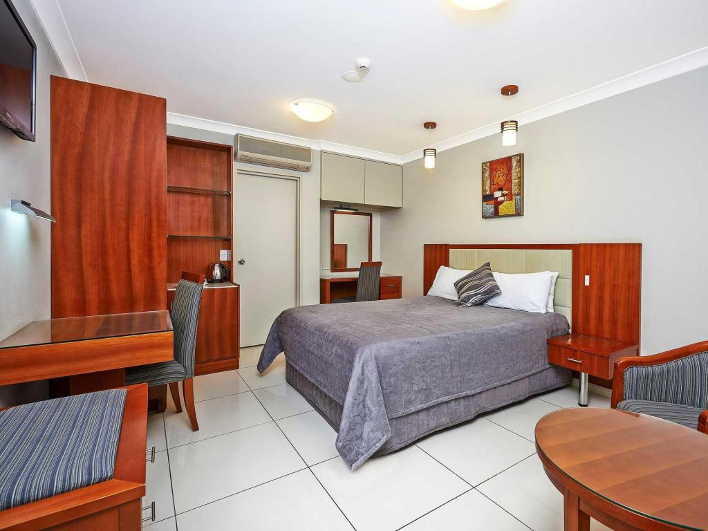See all 29 photos Comfort Inn & Suites Burwood