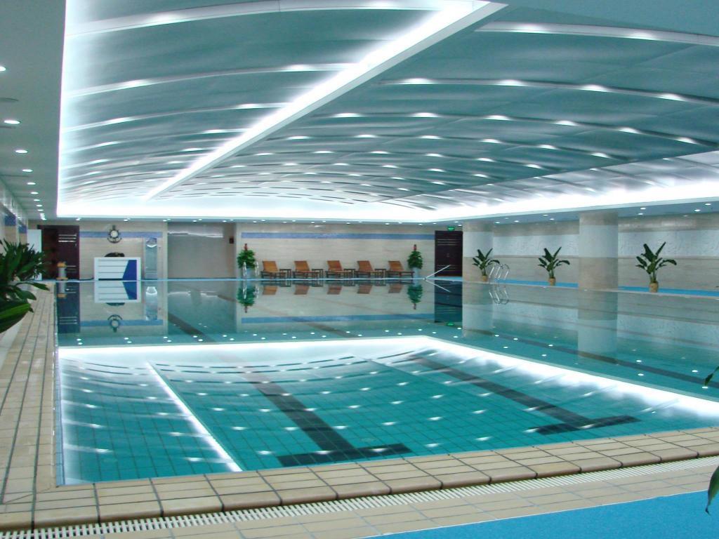 Grand metropark hotel shandong in jinan room deals - Grand menseng hotel swimming pool ...