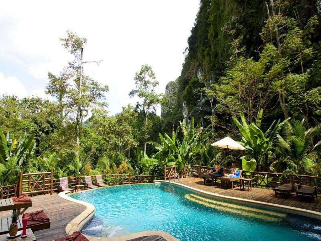 Ao Nang Cliff View Resort in Krabi - Room Deals, Photos