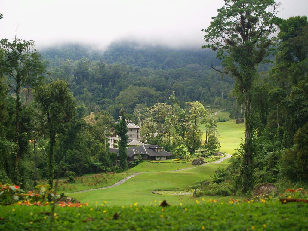 More about Borneo Highlands Resort