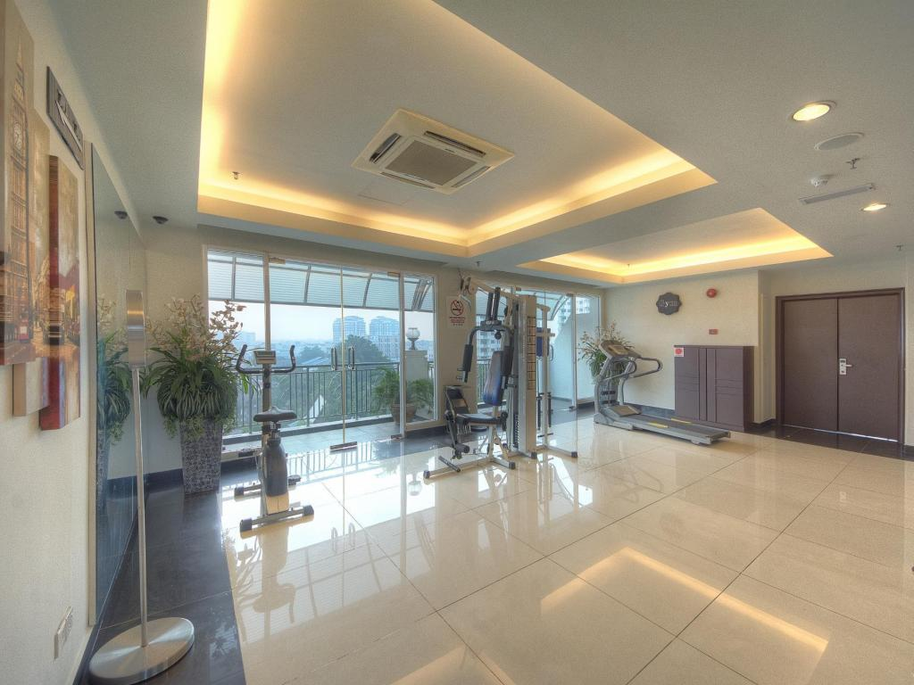 Fitness center Arenaa Deluxe Hotel