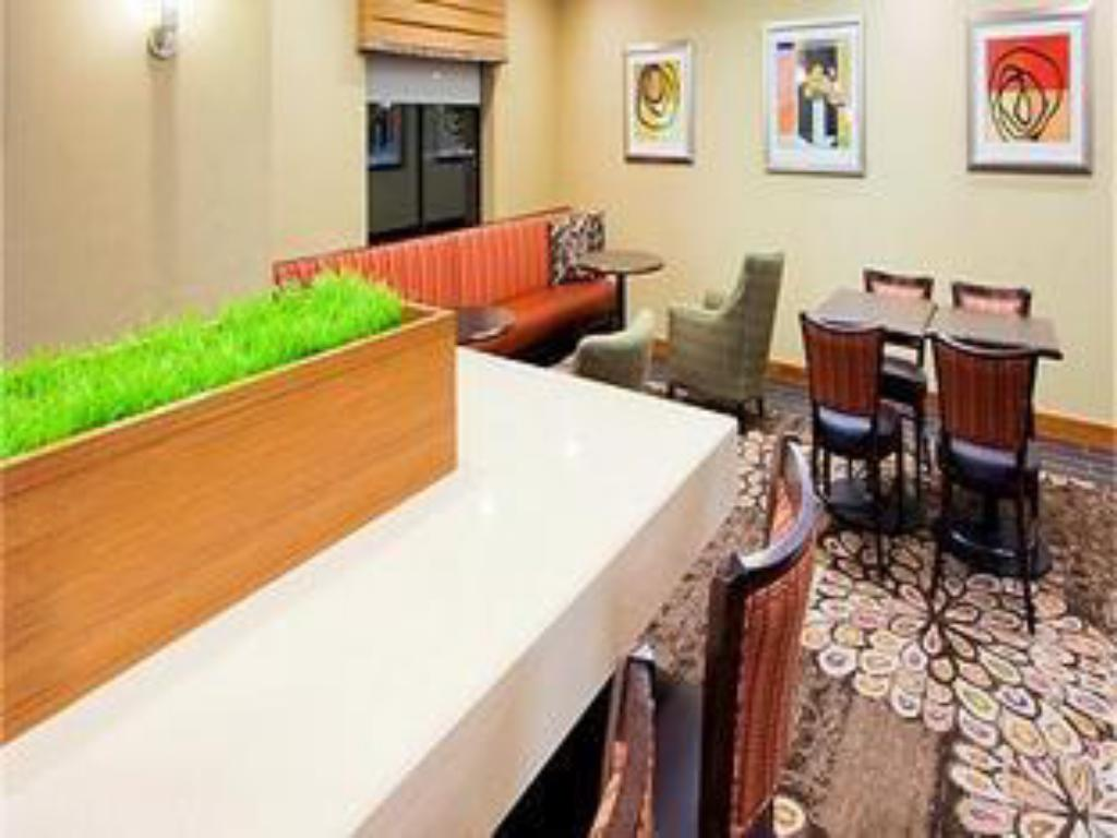 Vista interior Holiday Inn Express & Suites Columbia - East Elkridge