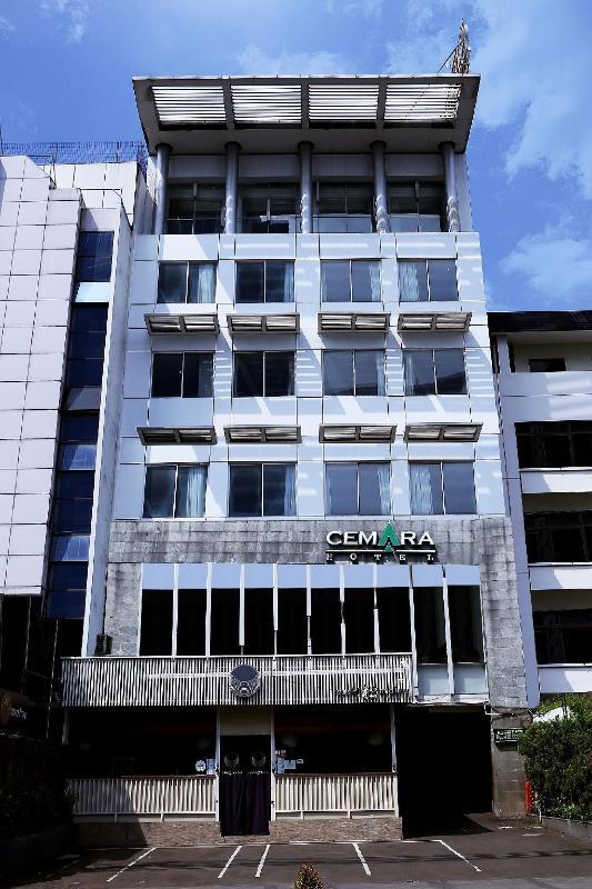 Best Price On Cemara Hotel Jakarta In Jakarta Reviews