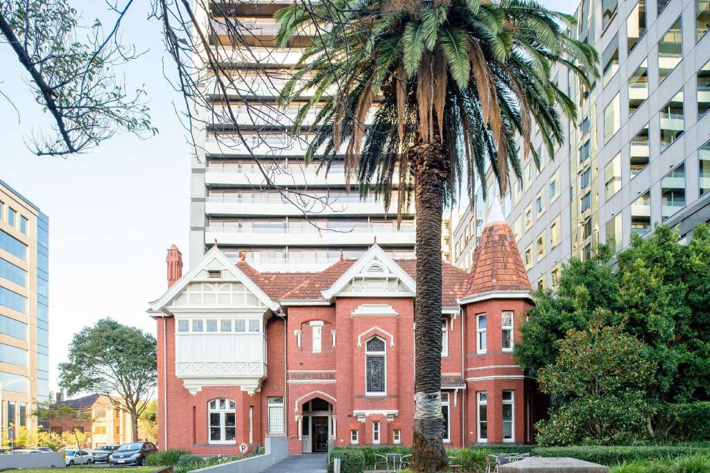 Seasons Heritage Melbourne Hotel