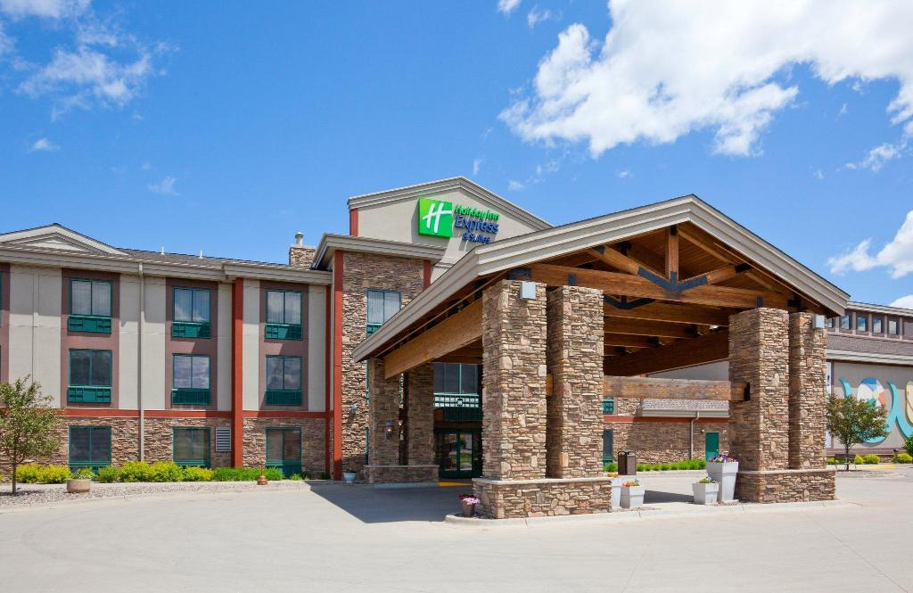 Holiday Inn Express Hotel Amp Suites Brainerd Baxter In