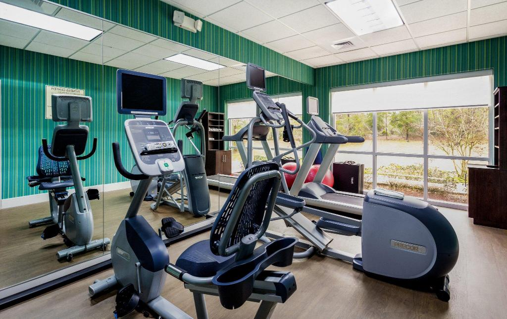 Fitness center Holiday Inn Express Hotel & Suites Inverness
