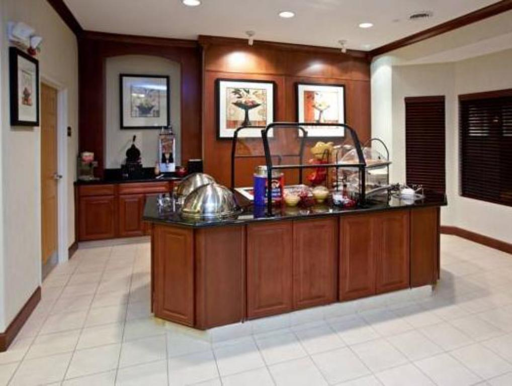 Interior view Staybridge Suites South Bend – University Area