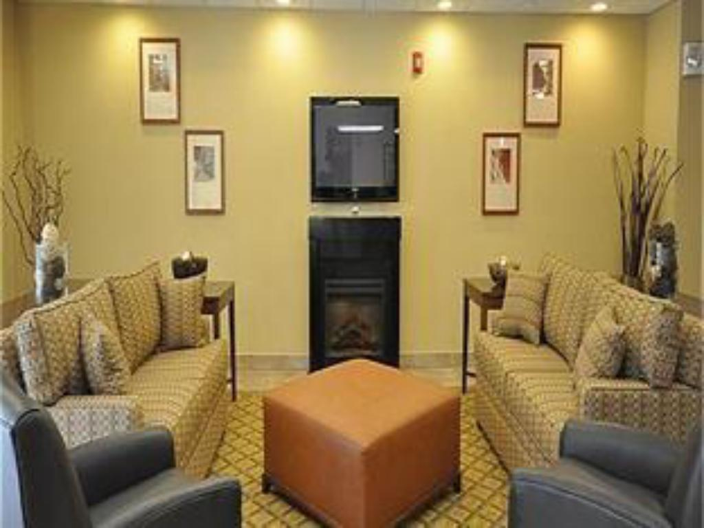 Interior view Candlewood Suites Richmond Airport Hotel