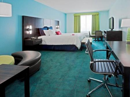 Executive King Bed Crowne Plaza Hotel & Resorts Fort Lauderdale Airport/ Cruise