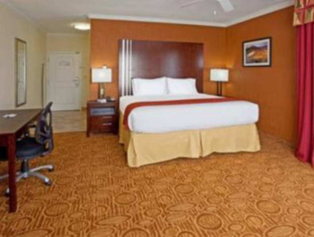 Holiday Inn Express Hotel And Suites In Katy Reviews