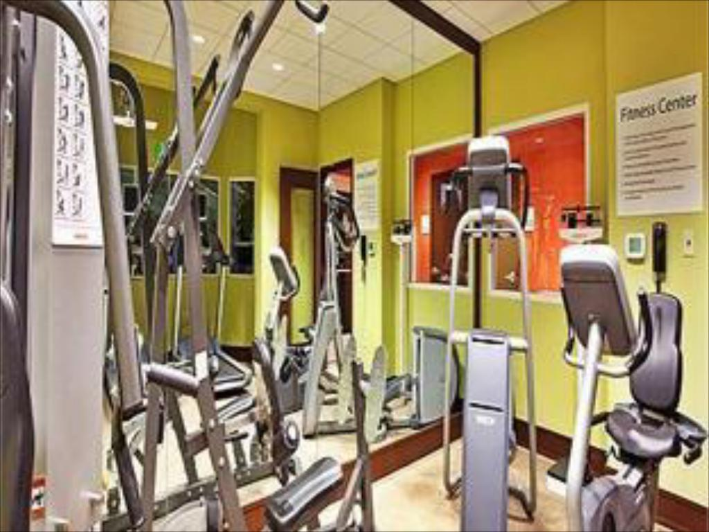 Fitness center Holiday Inn Gulfport-Airport