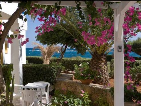 Estudio con vistas laterales al mar (2 adultos) (Studio with Side Sea View (2 Adults))