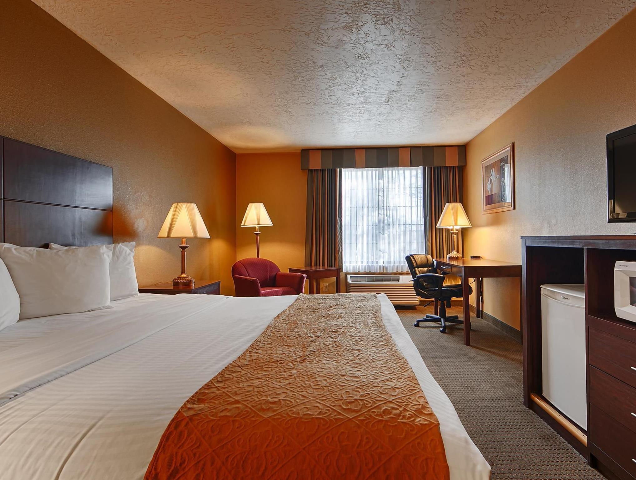 valley king comforter us in deals bed green comfort hotel inn az best western room