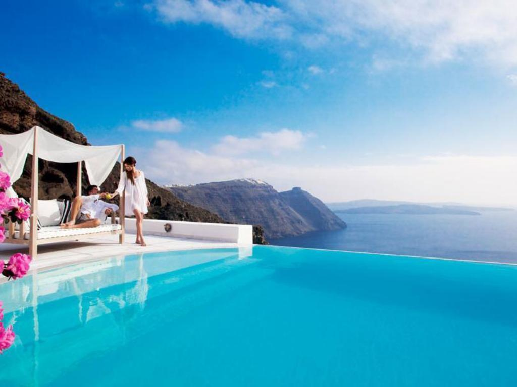 San Antonio Luxury Hotel in Santorini - Room Deals, Photos