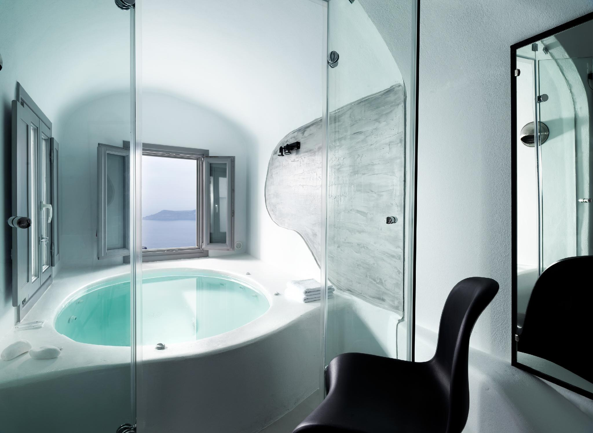 Suite with Private Hot Tub