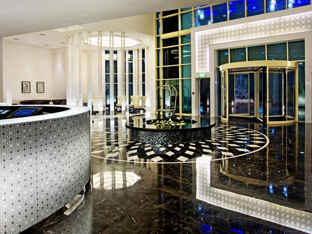 Foyer Kempinski Residences & Suites