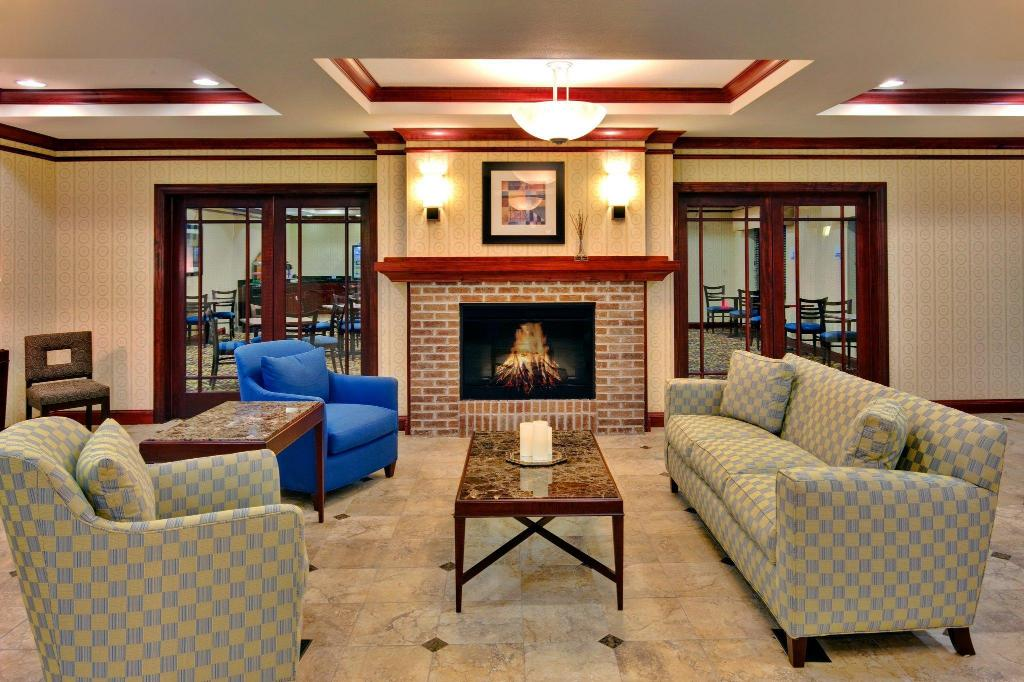 Lobby Holiday Inn Express Hotel & Suites Dewitt - Syracuse