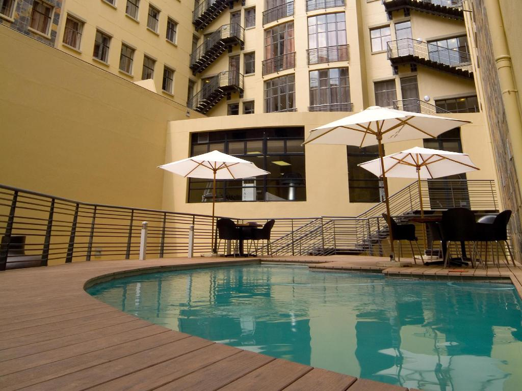 Більше про Faircity Mapungubwe Hotel Apartments