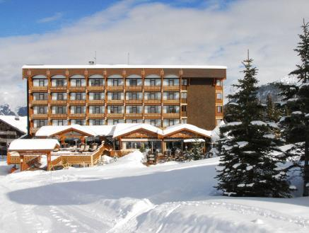 Deluxe Double room with ski slopes view