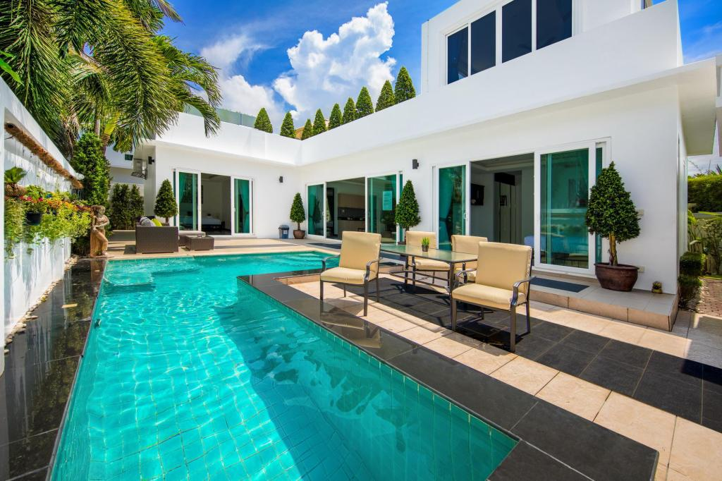 best villa with jacuzzi and pool in pattaya in thailand room deals