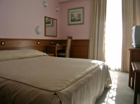 Double Room with Balcony Hotel Kolovare