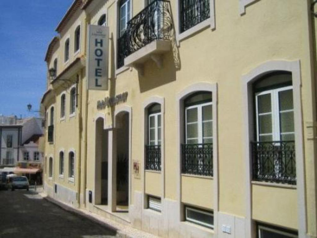 Hotel lagosmar in portugal room deals photos reviews for Decor hotel portugal