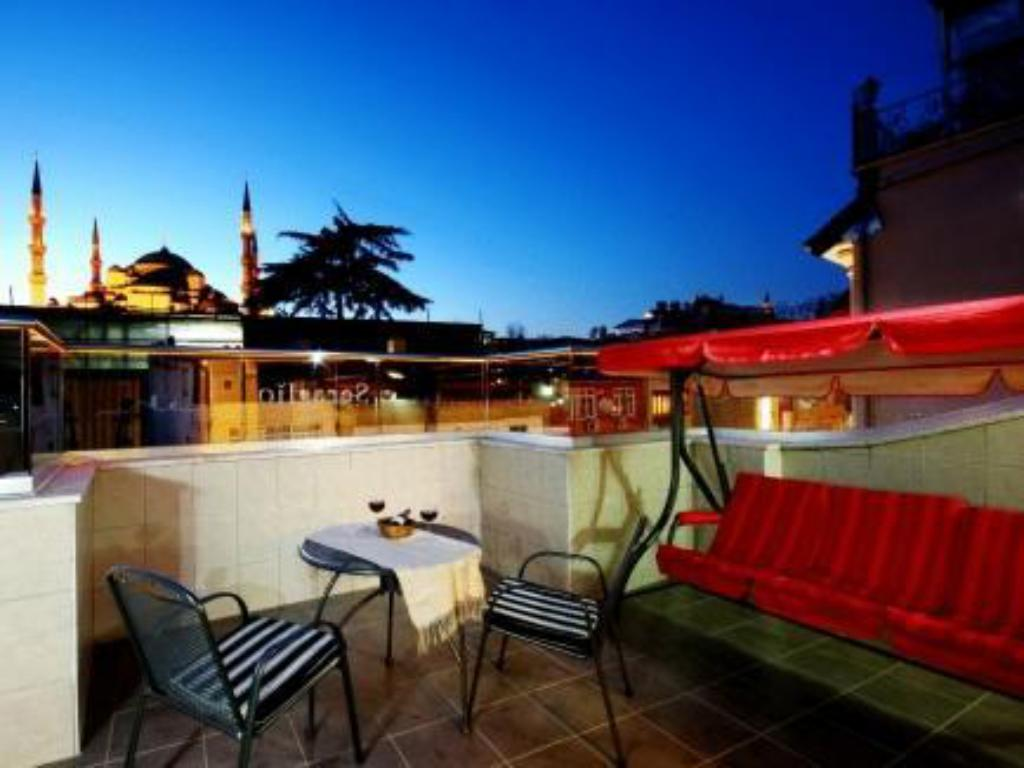More about Seraglio Hotel & Suites