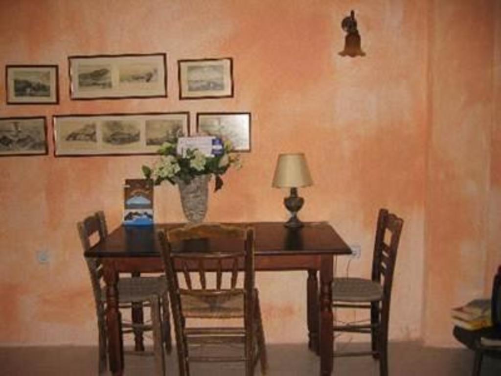 Amoudi Villas Best Price On Amoudi Villas In Santorini Reviews
