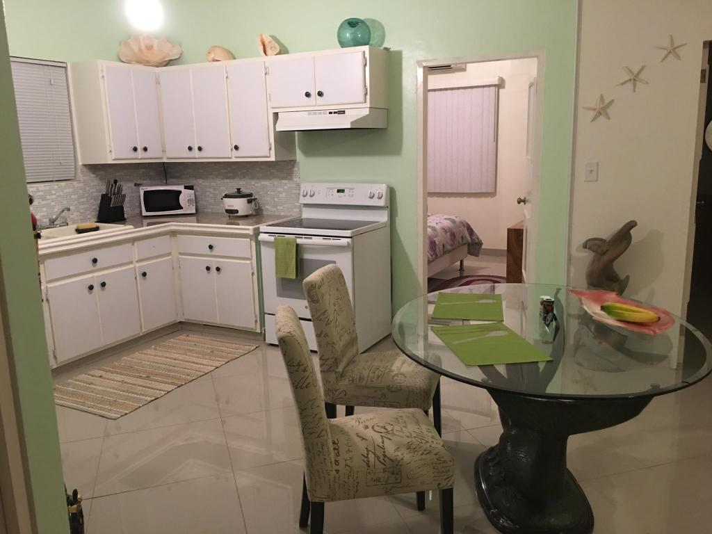 Kitchen Travelers Bed and Rest 1Bedroom