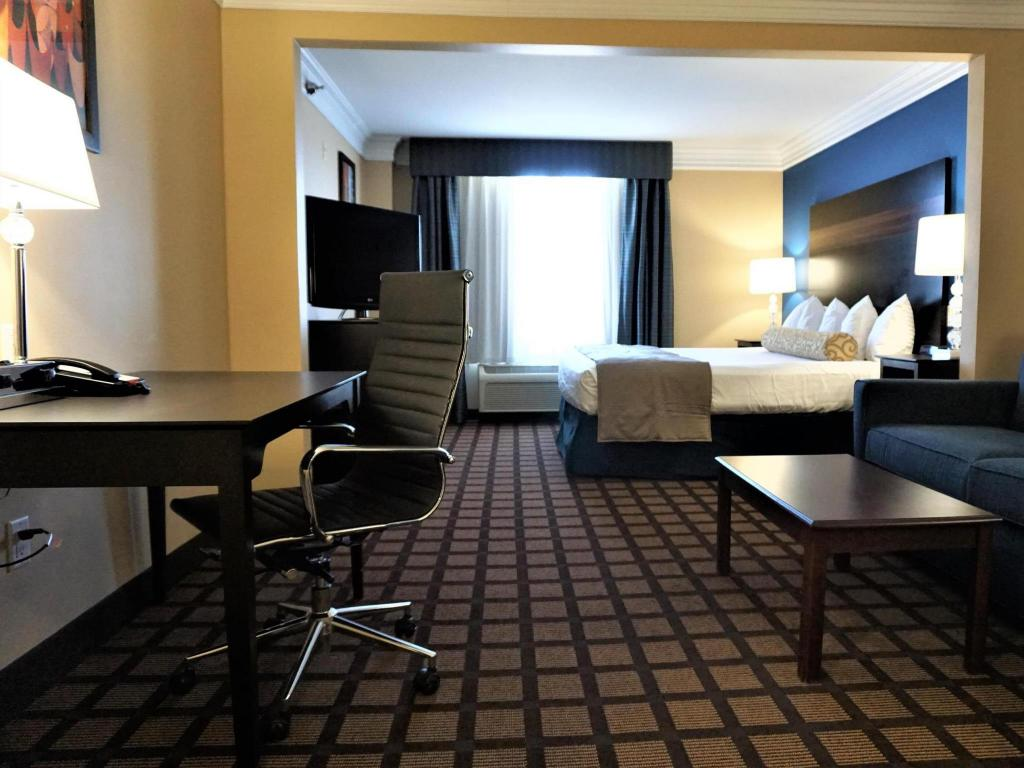 1 King - Guestroom Best Western Regency Plaza Hotel St. Paul East