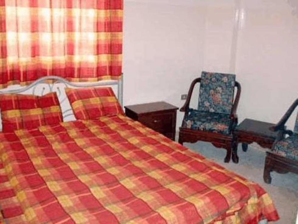 Double Room with shared bathroom room - Bed Farah Hotel