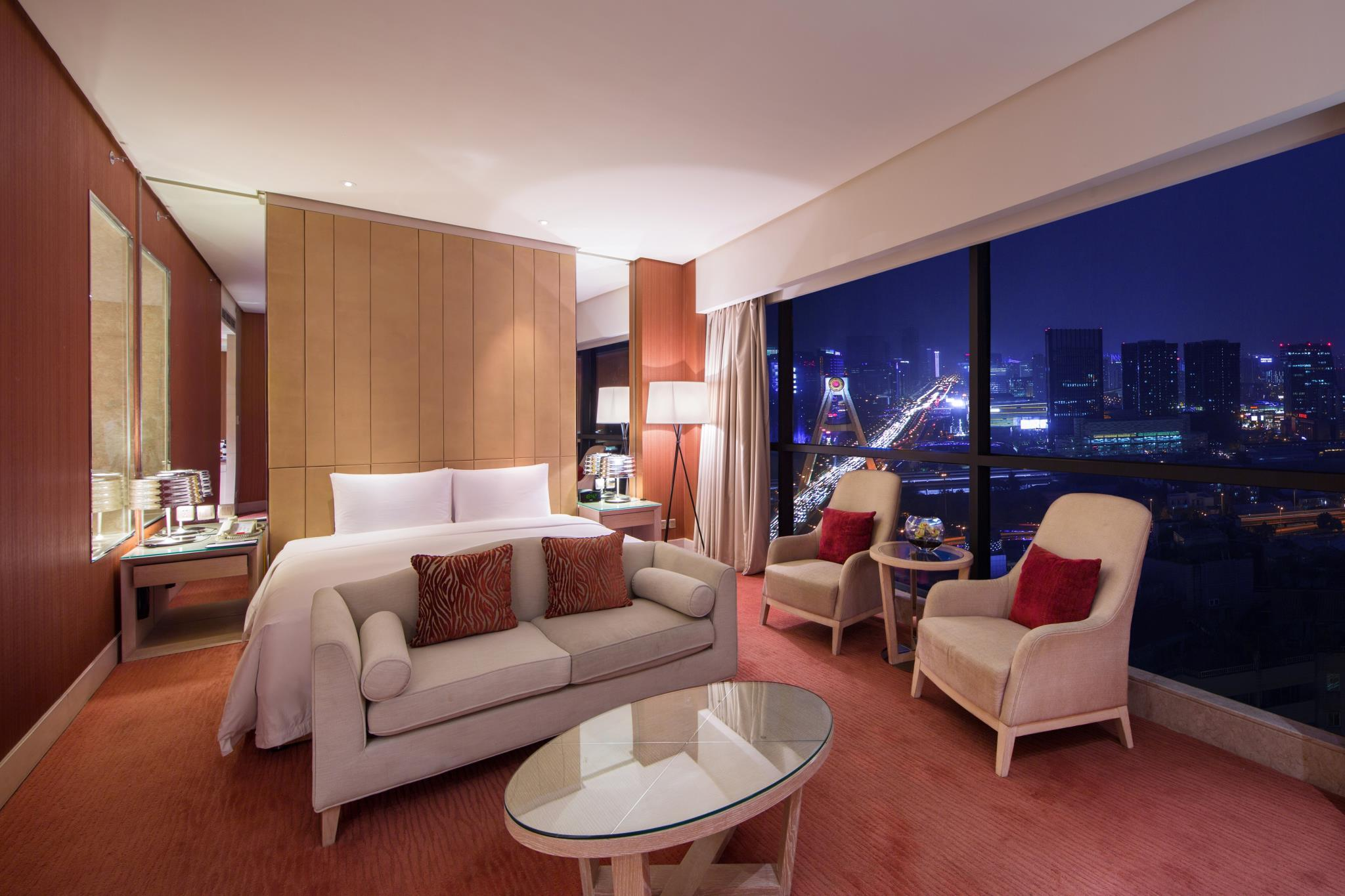 Premium Room, Club lounge access, Guest room, 1 King