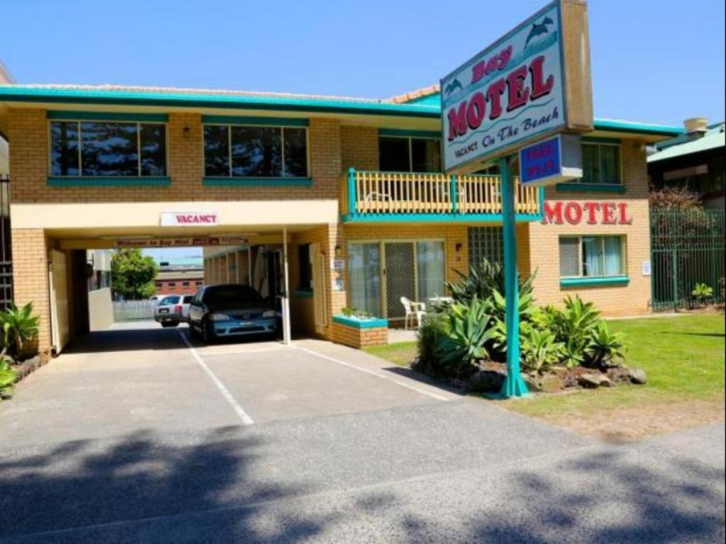 More about Bay Motel