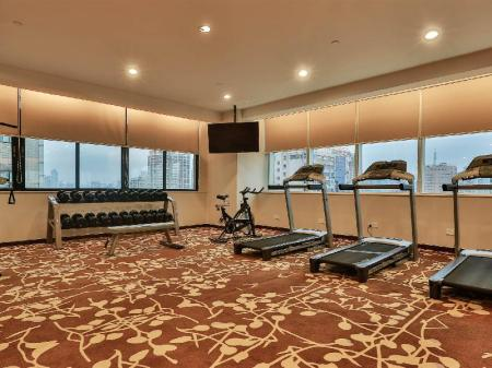 Fitness center Dorsett Wuhan Hotel