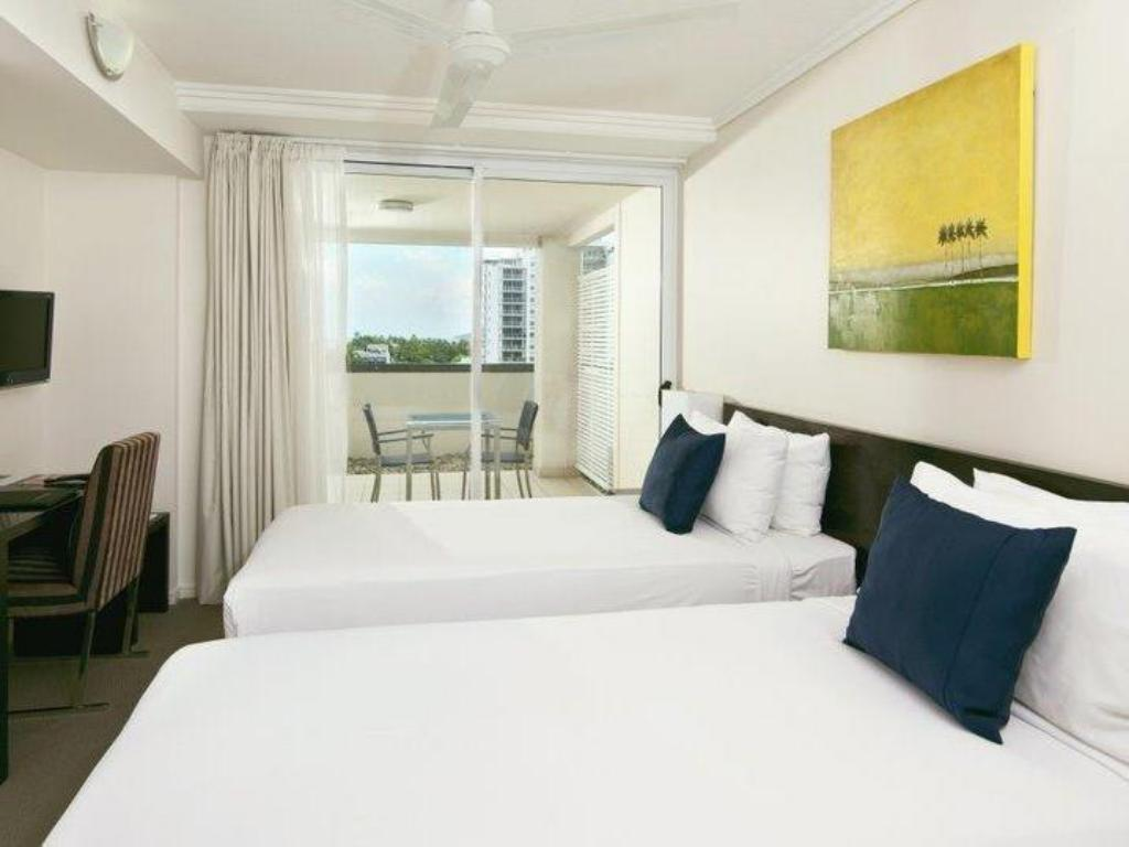 Executive Studio - Bed Best Western Plus Cairns Central Apartments
