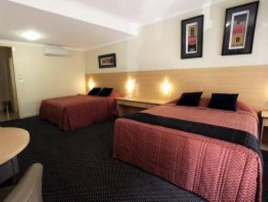 Family Cattlemans Country Motor Inn & Serviced Apartments