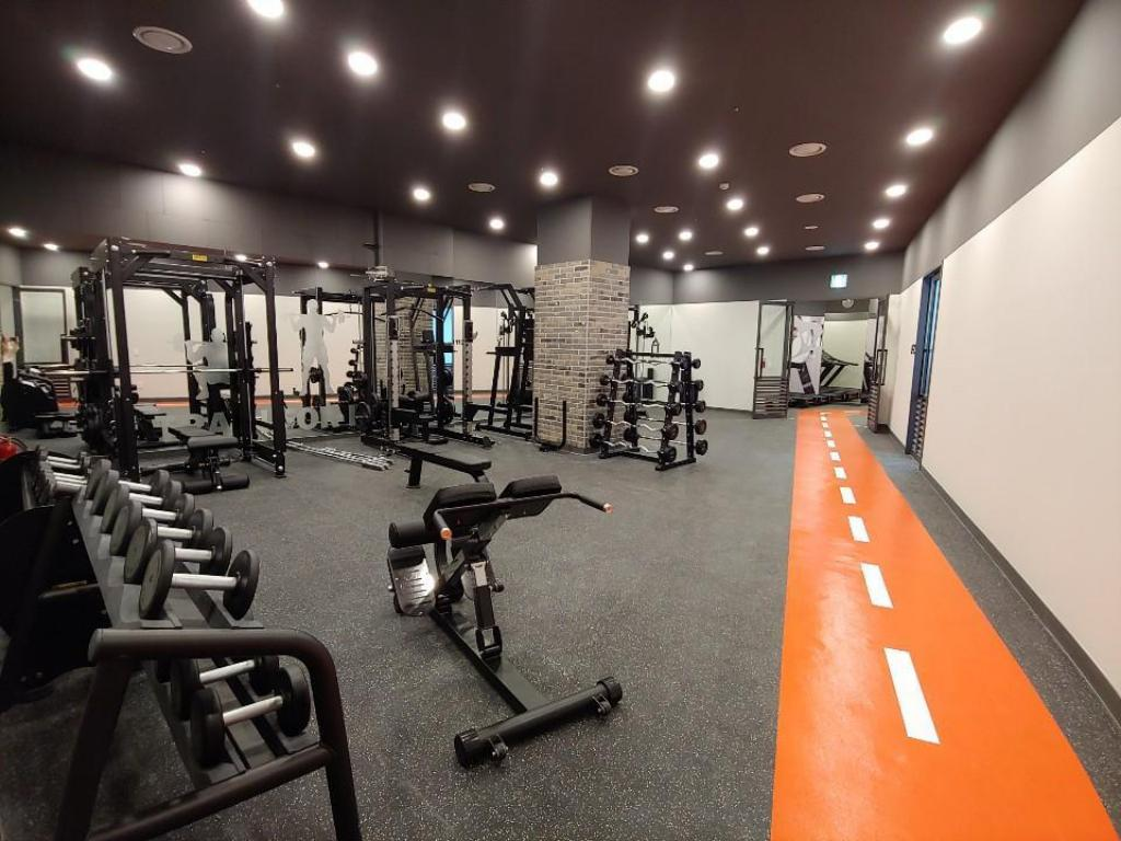 Fitness center Nine Tree Premier Hotel Myeong dong 2