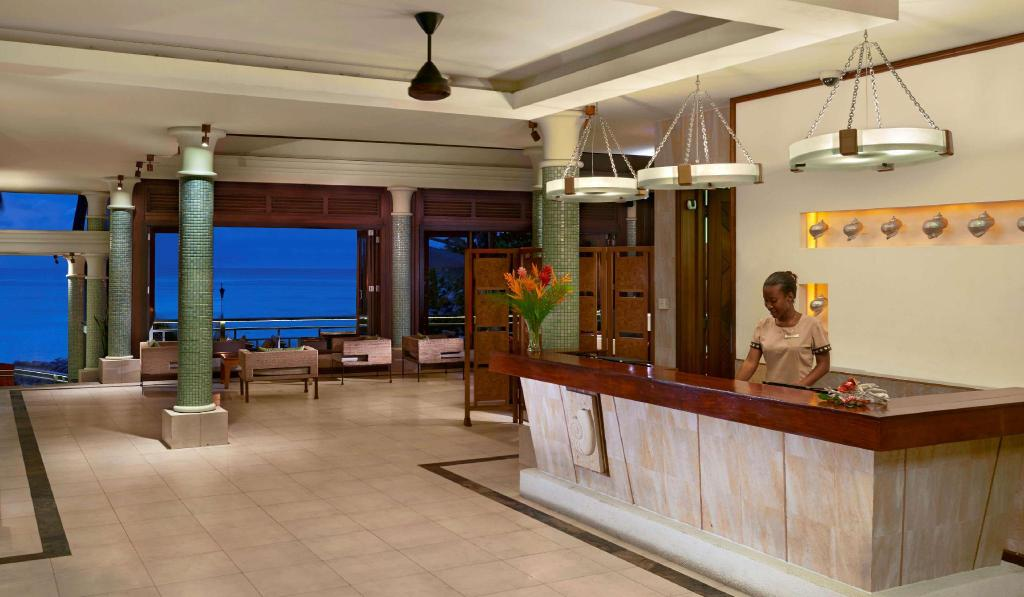 Lobby Hilton Seychelles Northolme Resort & Spa