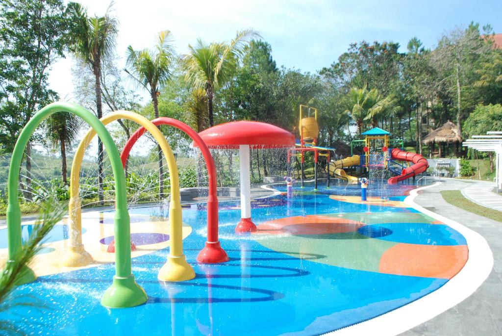 Swimming pool [kids] Mason Pine Hotel Bandung
