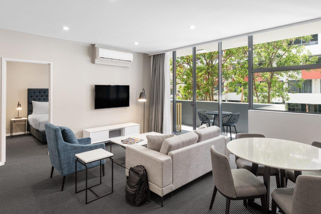 Best Price on Meriton Suites Waterloo in Sydney + Reviews!