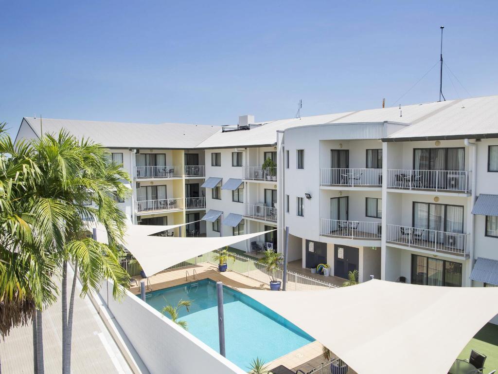 book metro advance apartments hotel darwin australia. Black Bedroom Furniture Sets. Home Design Ideas