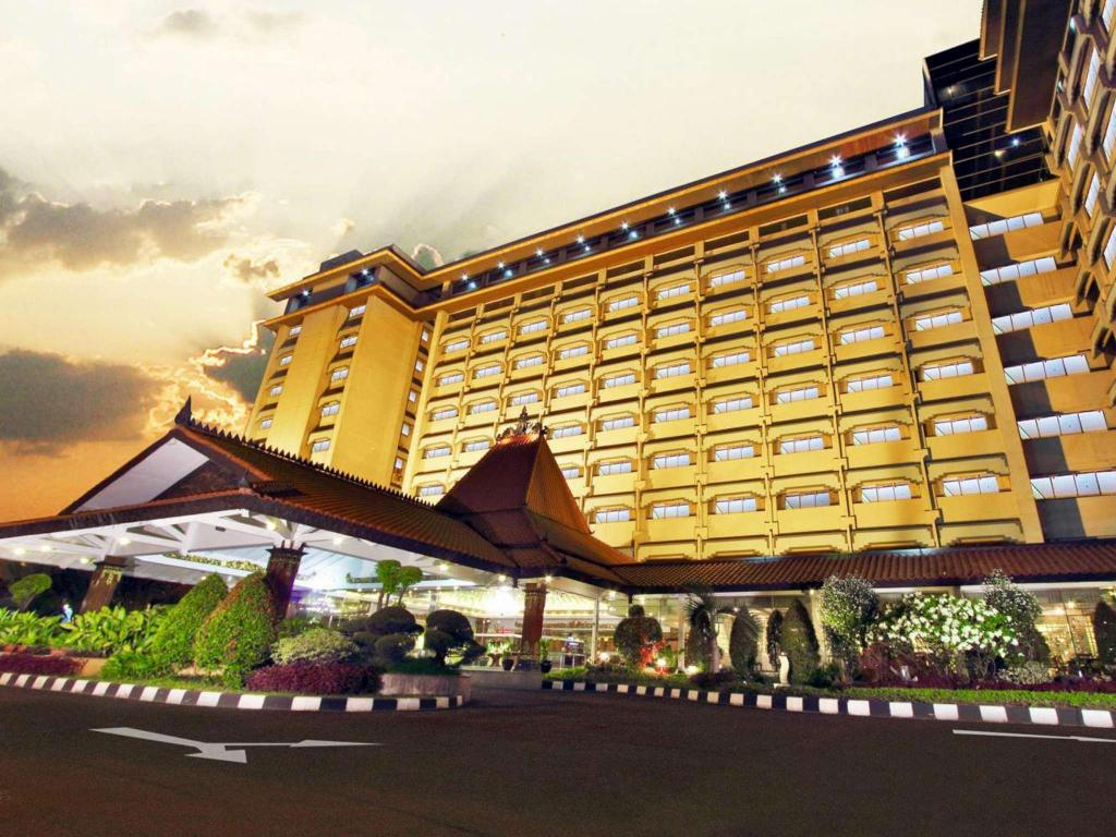 More about Kartika Chandra Hotel