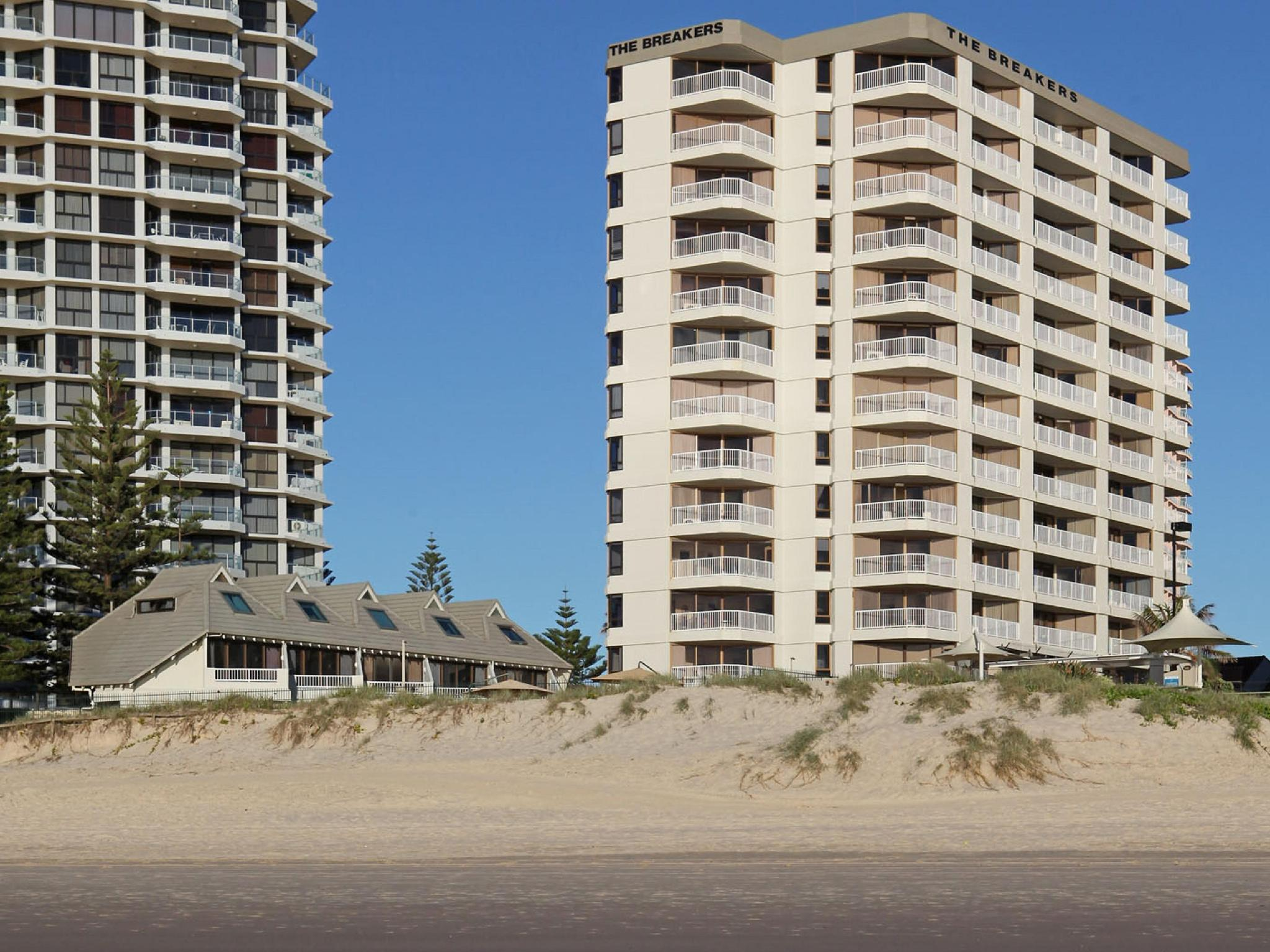 best price on the breakers holiday apartments in gold coast reviews!