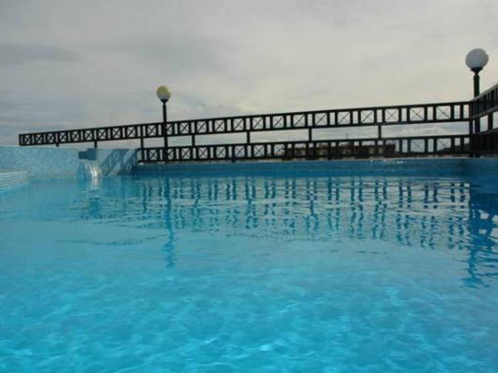 Swimmingpool Hotel Bahia Suites