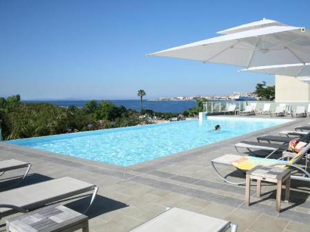 Swimming pool Best Western Ajaccio